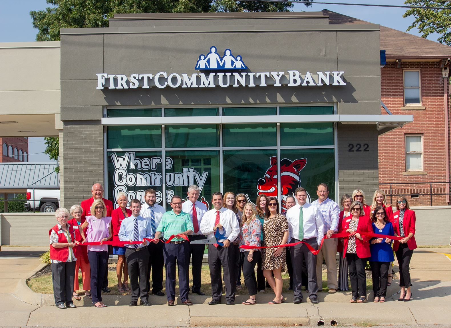 ribbon cutting_first national bank downtown-190917